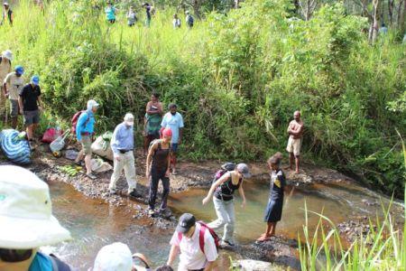 130609 PNG Bushwakers 067